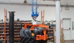 Rope-manipulator-with-clamping-for-tires