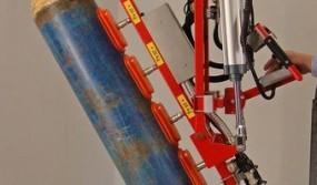 Vacuum-powered-gripping-of-barrels